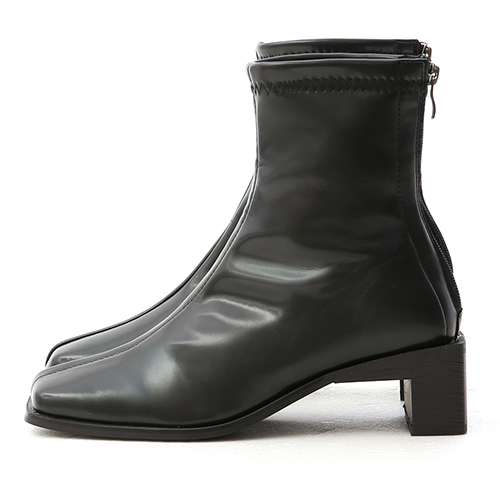 獨創風格.復古方頭直角跟襪靴