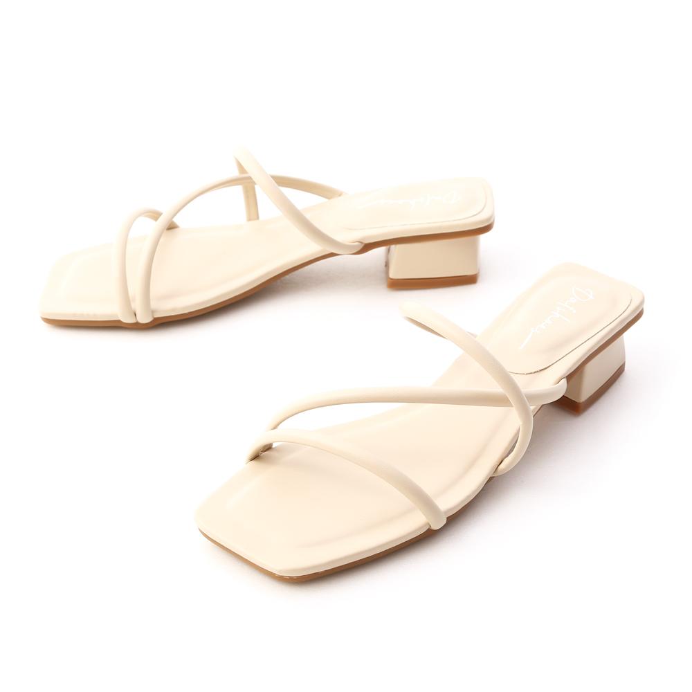 清新柔和.立體細帶低跟涼鞋 香草米白