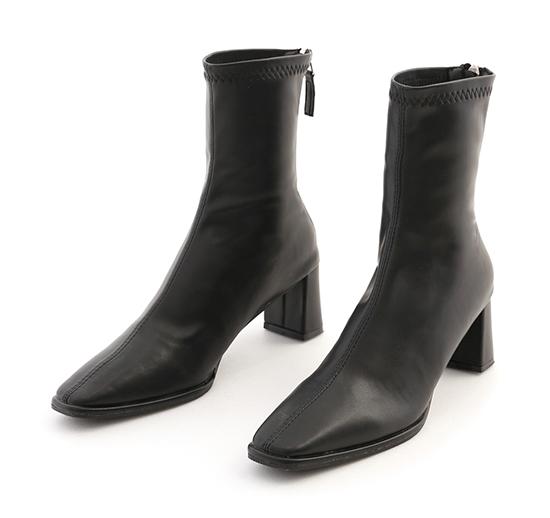 美腿歐膩.微尖頭中車線高跟襪靴 時尚黑