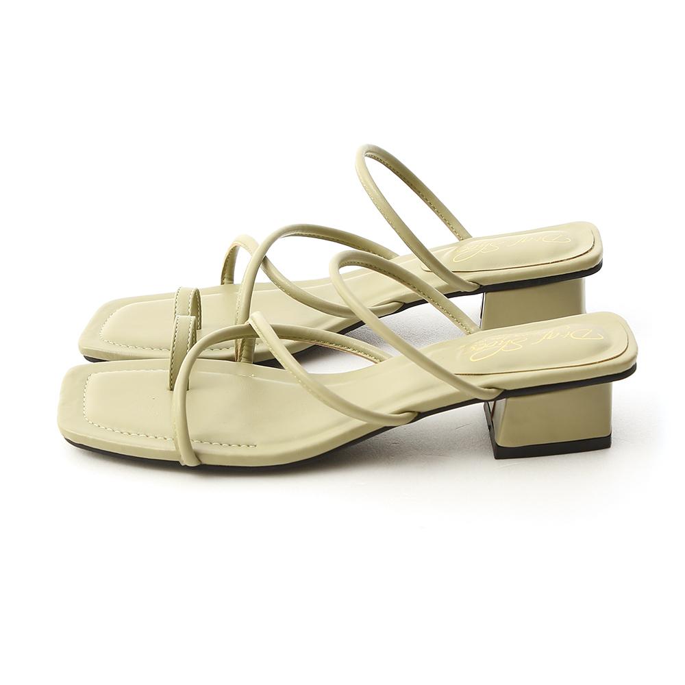 Square Toe Strappy Toe Loop Sandals Avocado Green