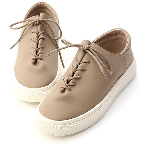 D+AF 愜意好穿.超軟皮革綁帶休閒鞋