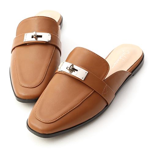 名品精選.金屬鎖釦平底穆勒鞋