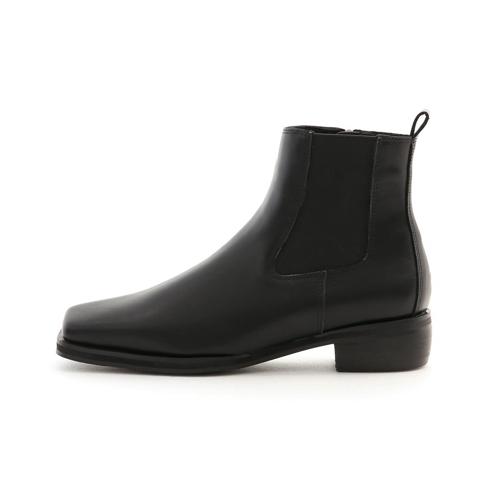 流行聚焦.復古方頭切爾西短靴 時尚黑