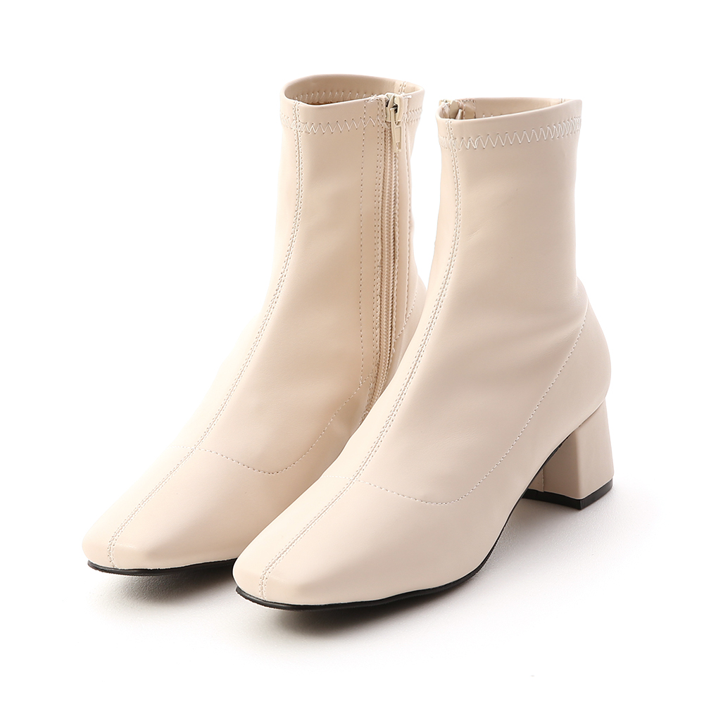 秋冬定番.素面合腿中跟方頭襪靴 人氣米白