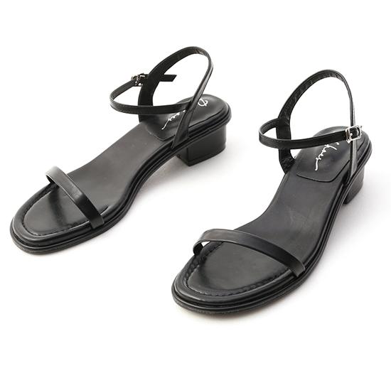玩美潮流.一字細帶低跟涼鞋 時尚黑