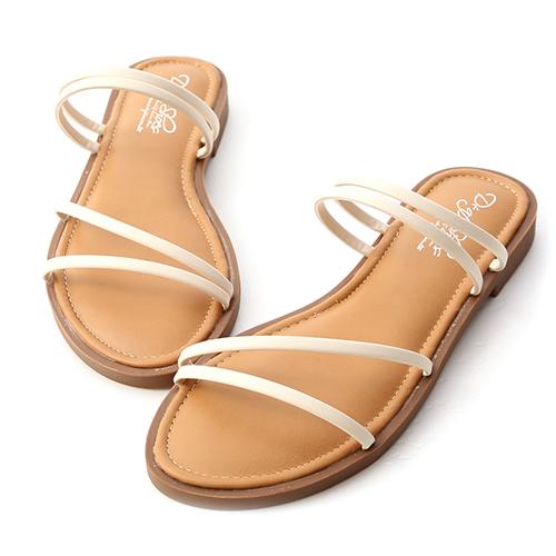 清涼夏氛.四條線Q軟墊平底涼鞋