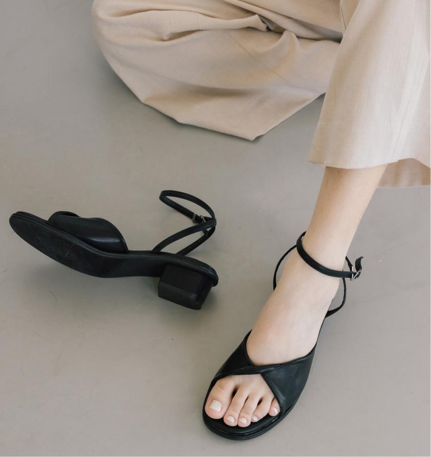 愛莉莎莎Alisasa 聯名鞋 2020夏季鞋款推薦 涼鞋 探索更多@D+AF官方Youtube頻道