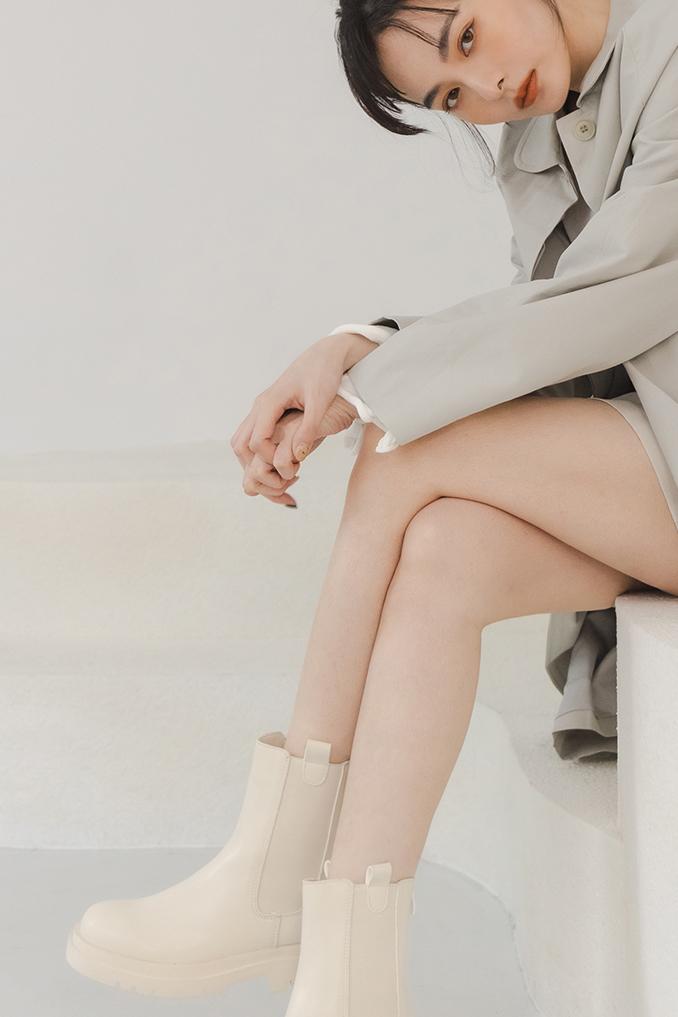 2021女靴新品上市 綁帶長薛 切爾西靴 短靴