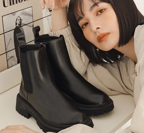 黑色切爾西靴