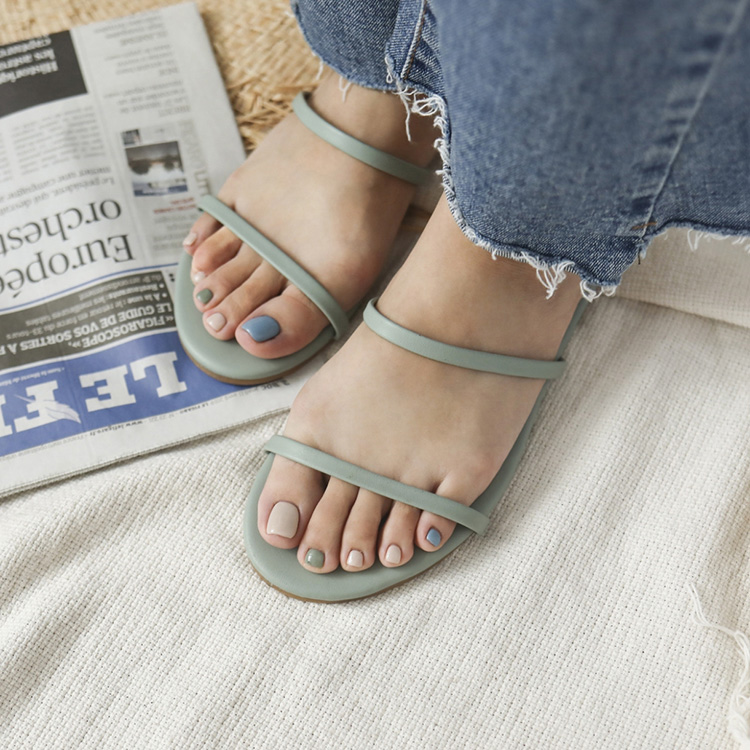清涼夏日.二條細帶平底涼拖鞋
