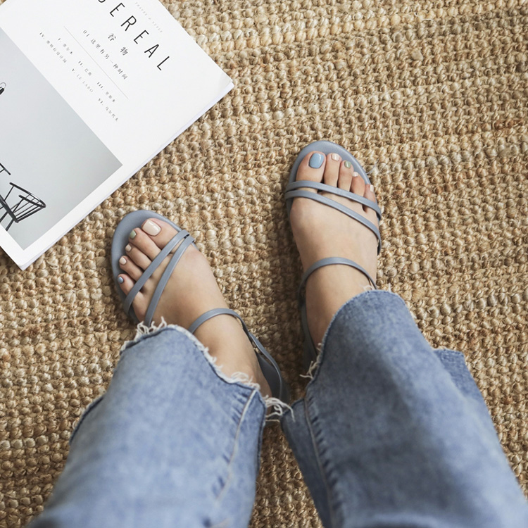 夏氛首選.精緻細帶平底涼鞋