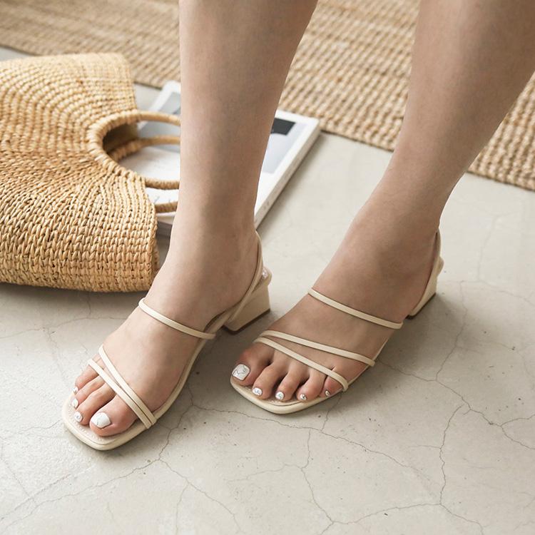 清新優雅.二穿法細帶方頭低跟涼鞋
