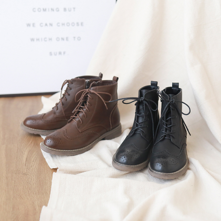 大尺碼復古雕花綁帶牛津短靴