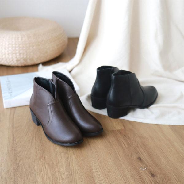 D+AF素面小V口低跟短靴 短靴 V口短靴