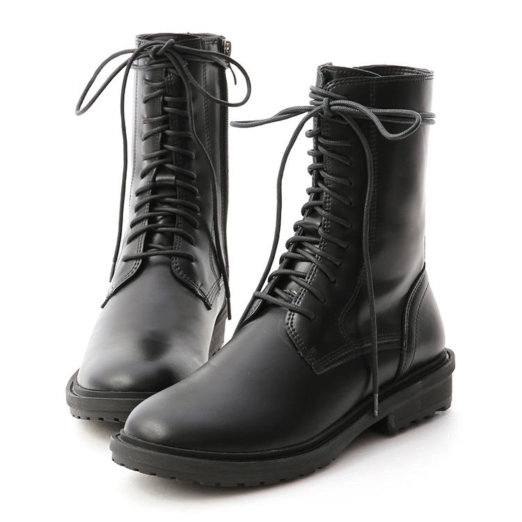 馬丁靴 馬丁靴推薦 馬丁靴女 馬汀靴搭配 同色系穿搭 毛衣穿搭 中筒靴穿搭