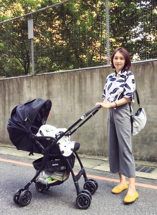 fifi x 陳佳瑜時尚媽媽穿搭 遛小孩穿搭
