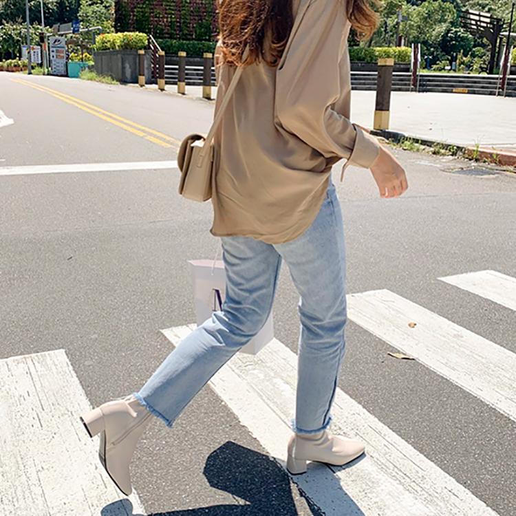 D+AF 靴子 靴子穿搭 秋靴 白靴 街拍