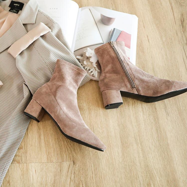奶茶色 奶茶靴 奶茶色鞋子穿搭 奶茶短靴 麂皮靴