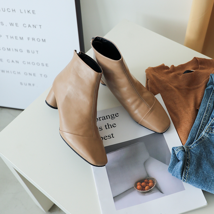 奶茶色 奶茶靴 奶茶色鞋 奶茶色鞋子穿搭 奶茶短靴 奶茶色穿搭