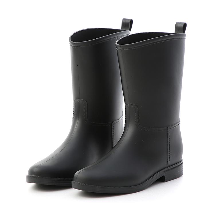 素面百搭中筒雨靴
