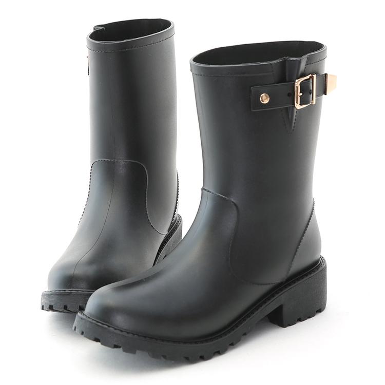 質感金屬釦環中筒雨靴
