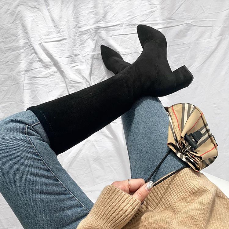 韓國穿搭 韓國秋冬穿搭 膝下靴 風衣外套