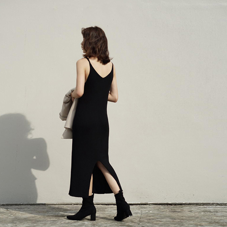 D+AF 情人節穿搭 洋裝 黑色洋裝 襪靴
