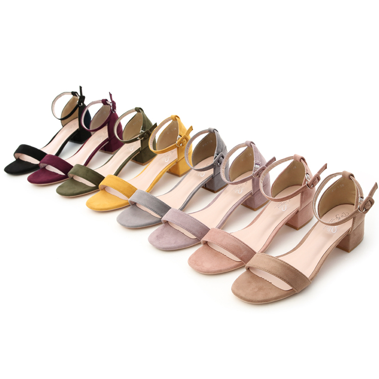 D+AF寬版一字低跟涼鞋 方頭低跟涼鞋