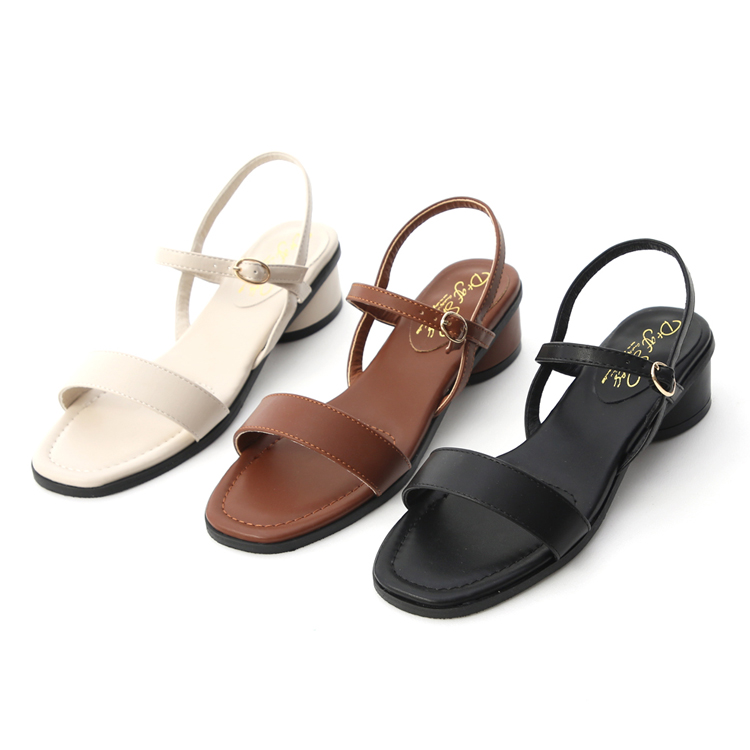 D+AF簡約寬版涼鞋 大腳女孩推薦款 大尺碼一字涼鞋