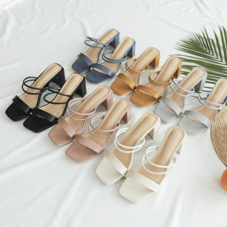 D+AF 一鞋多穿美鞋 獨特積木鞋跟 一字方頭涼鞋 二穿法一字涼鞋