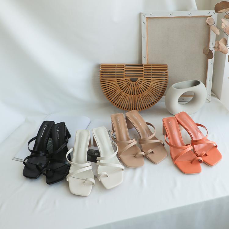 D+AF套指斜帶扁跟高跟涼鞋 涼鞋 高跟拖鞋推薦