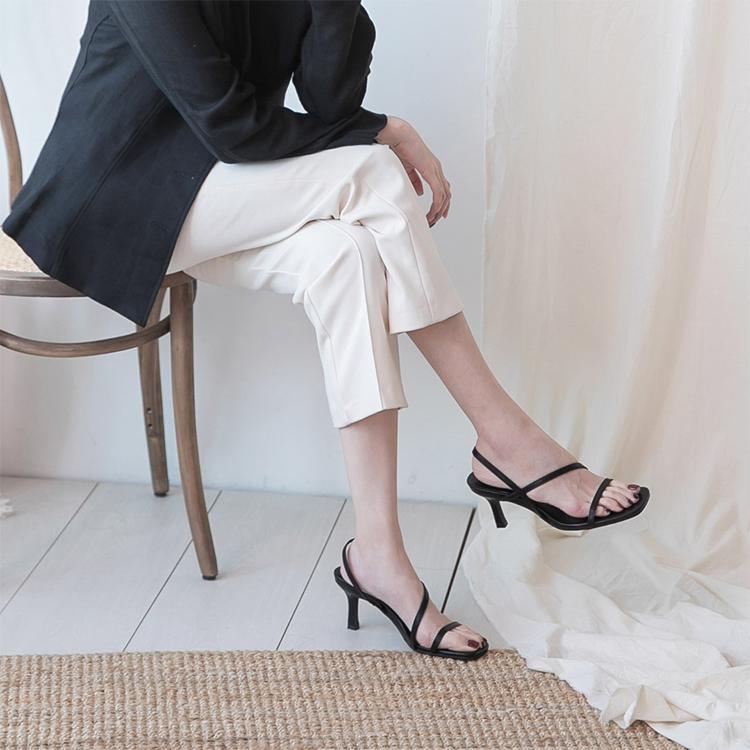 D+AF一字斜帶方頭高跟涼鞋 涼鞋推薦 涼鞋穿搭 涼鞋女