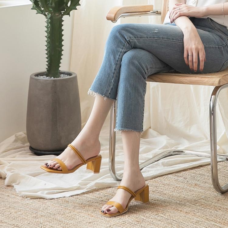 二穿法一字高跟涼鞋 黃橘色涼鞋