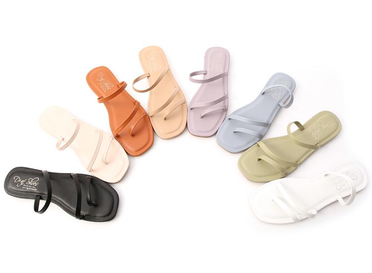不對稱設計平底涼鞋