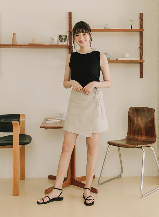愛莉莎莎聯名鞋款 不對稱平底涼鞋02