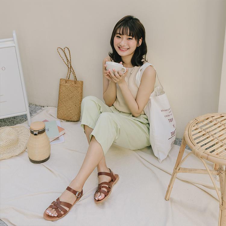 愛莉莎莎聯名鞋款 編織涼鞋01