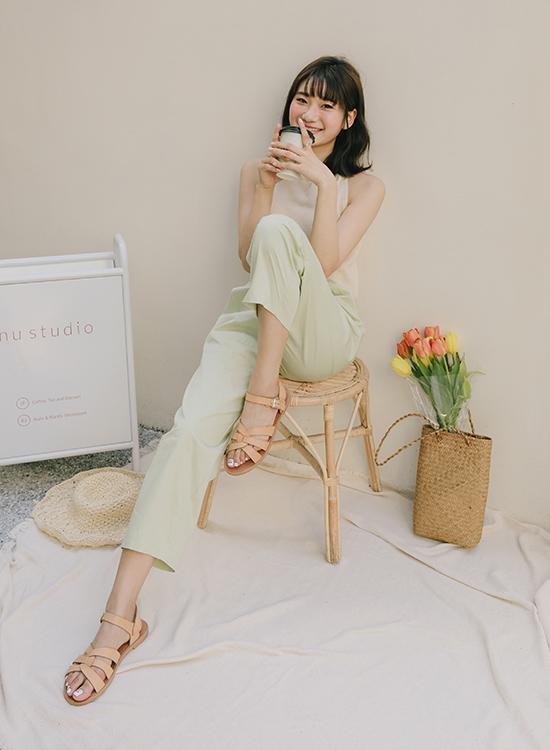 愛莉莎莎聯名鞋款 編織涼鞋02