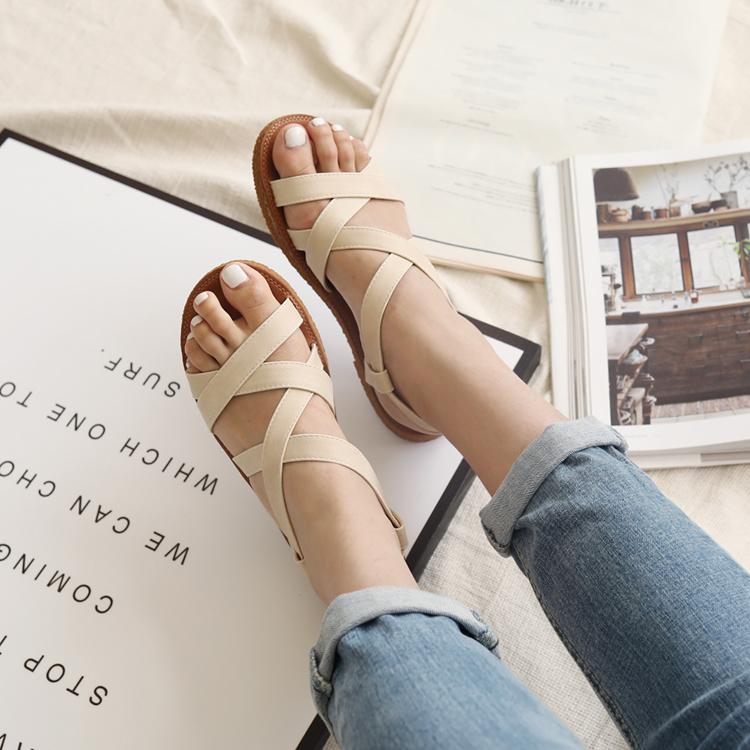 舒適百搭涼鞋推薦 豆豆按摩鞋墊 寬帶平底涼鞋02