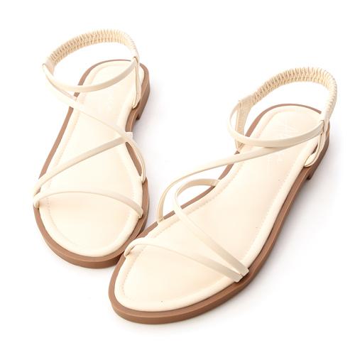 舒適百搭涼鞋推薦 愛莉莎莎聯名涼鞋 好穿平底涼鞋02