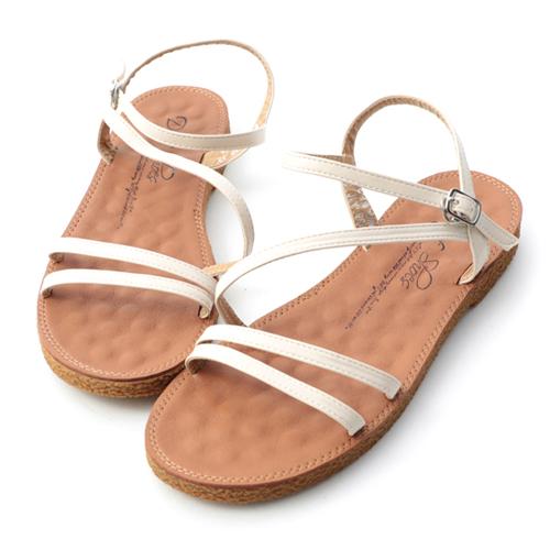 大尺碼平底涼鞋推薦41、42、43碼 可彎折 Q軟 白色大尺碼涼鞋