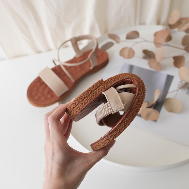 大尺碼好穿涼鞋推薦41、42、43碼 大尺碼米色涼鞋 可彎折Q軟好穿