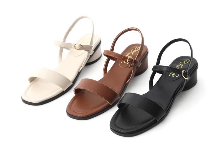 大尺碼一字涼鞋推薦41、42、43碼 三色可選