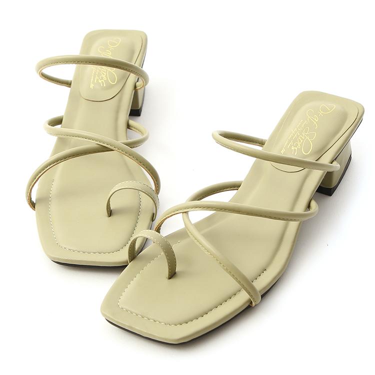 D+AF 流行色調 朦朧玉色 交叉套指方頭涼鞋 綠色低跟涼鞋