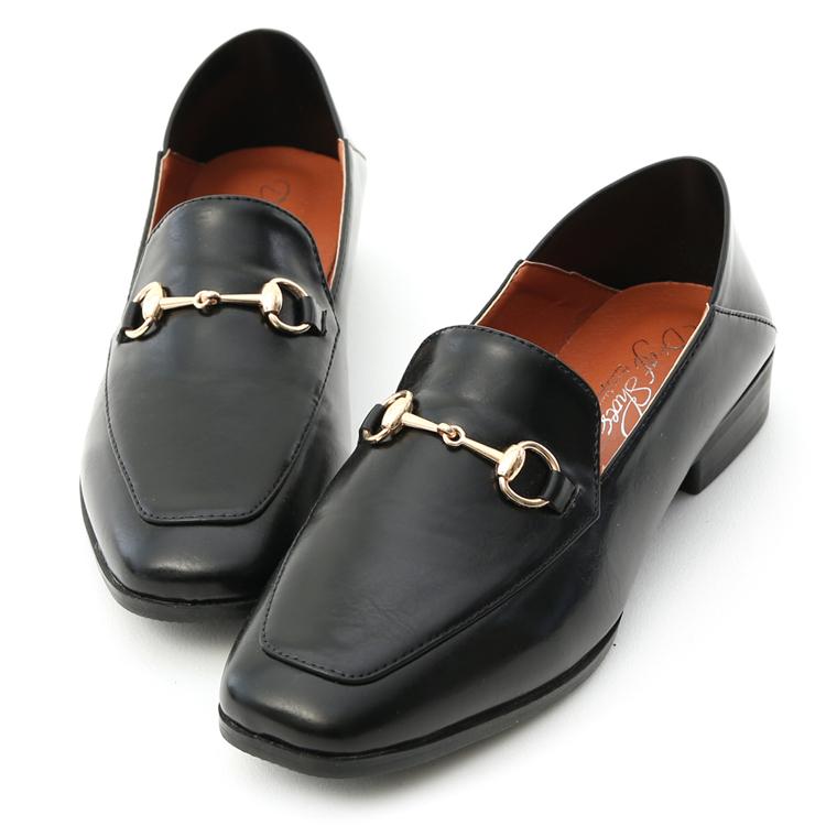 馬銜釦可後踩平底樂福鞋