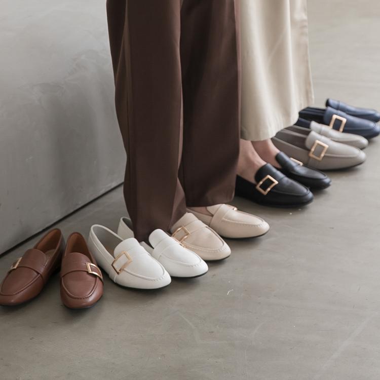 品味生活.金屬大方釦平底樂福鞋 多色可選 黑 白 咖 藍 灰 杏 粉