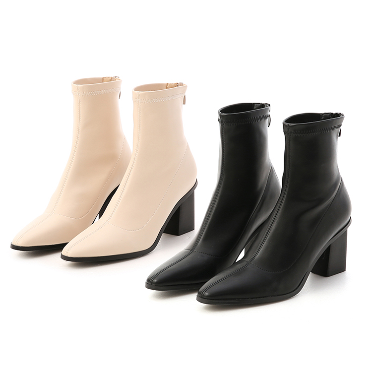 D+AF 素面車線黑木根襪靴 高跟靴穿搭