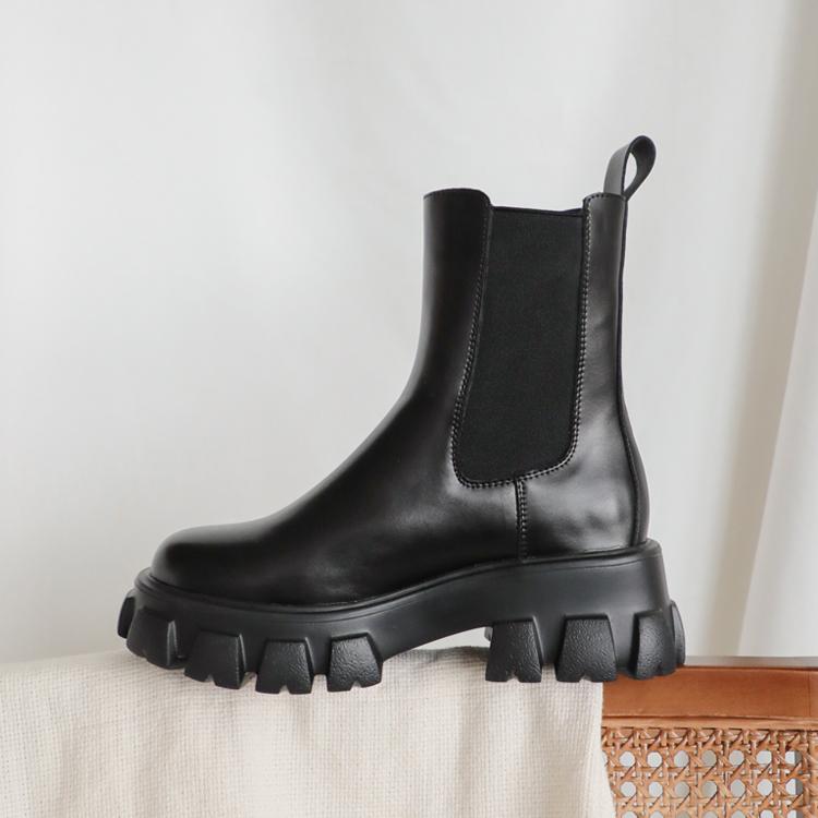 切爾西短靴 暗黑系風單品