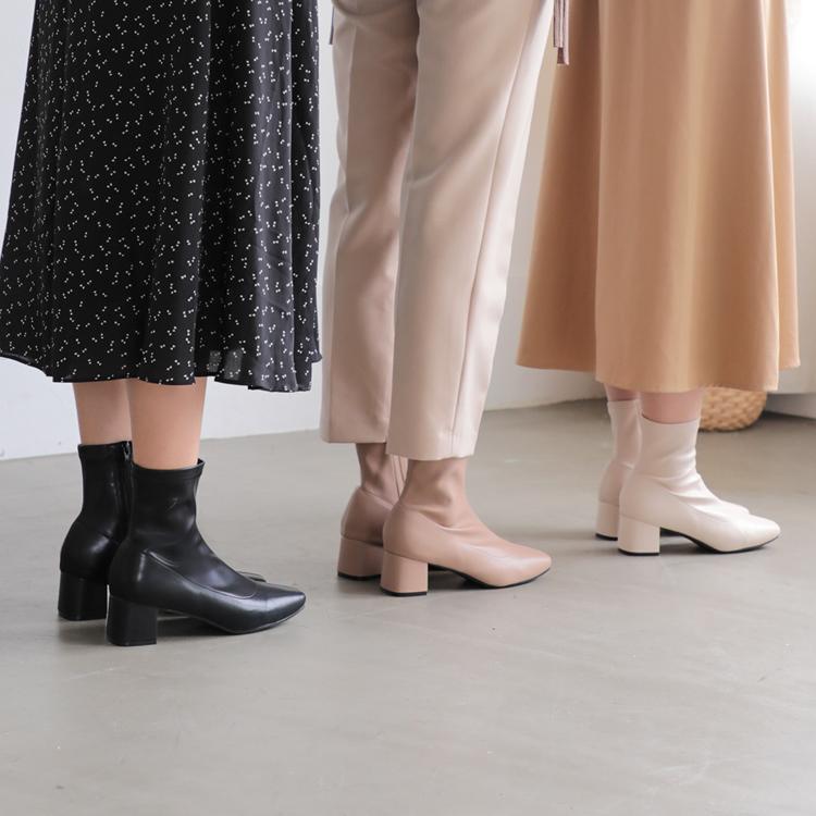 襪靴穿搭 小編實拍 襪靴搭配推薦 黑色襪靴穿搭 杏色襪套靴搭配 白色襪靴