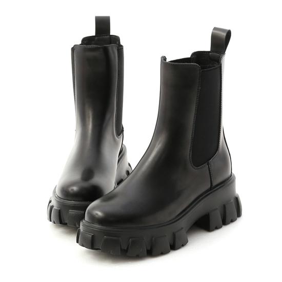 暗黑系風格穿搭 超輕量切爾西鋸齒靴