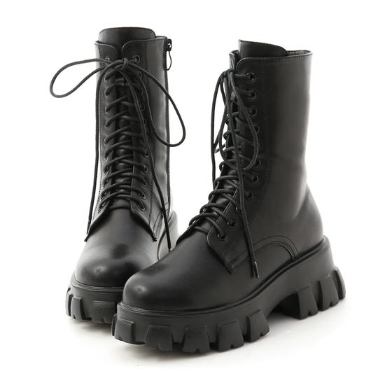 暗黑系風格穿搭 超輕量綁帶鋸齒靴
